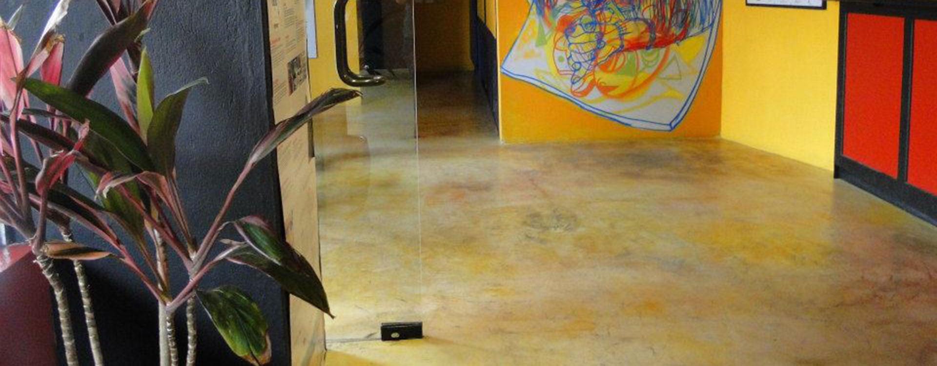 Pisos de concreto decorativo concretarte quito ecuador for Cemento pulido exterior